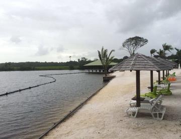 Camping La Mangrove - Plage et transat